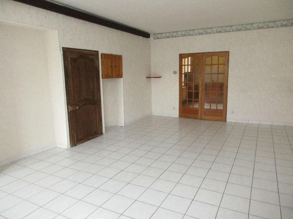 Appartement proche centre-ville - COMMERCY