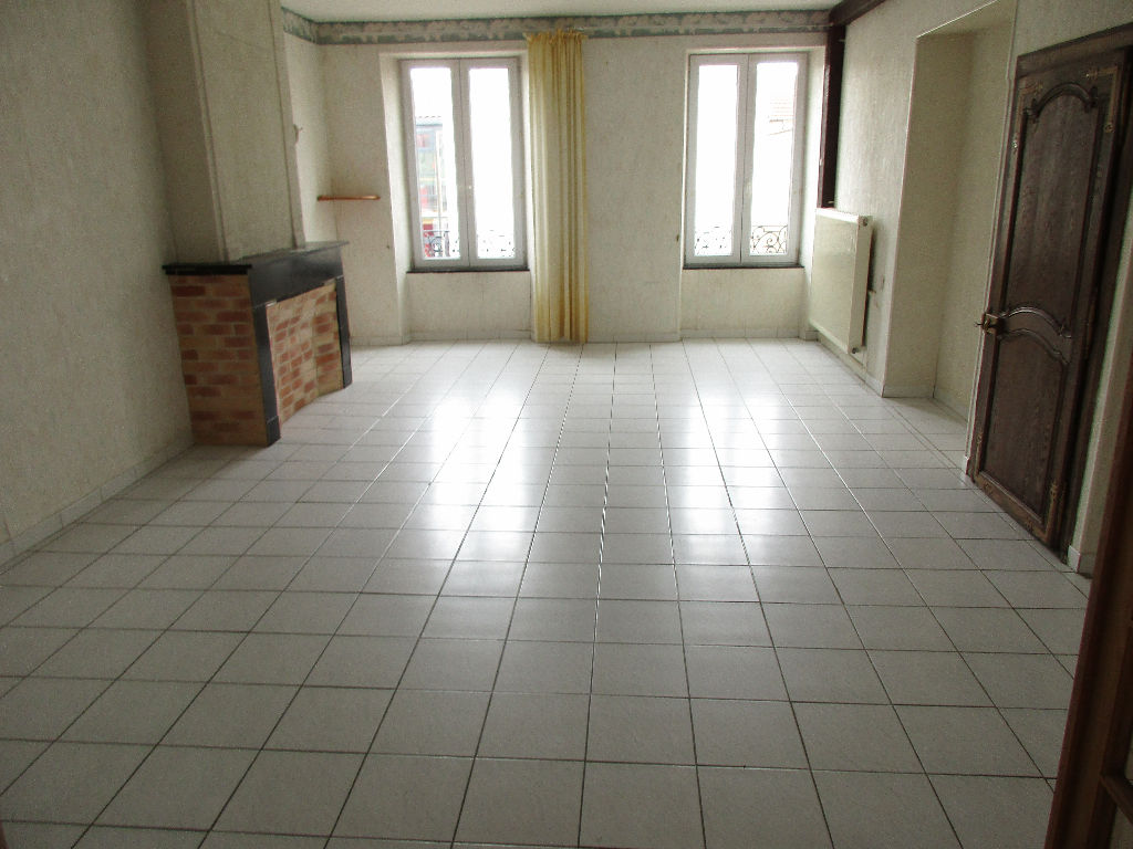 A vendre Appartement COMMERCY 78m² 49.000