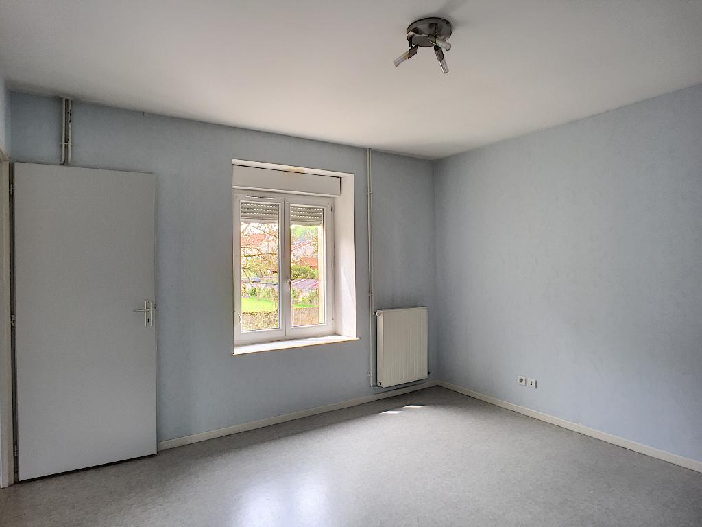A louer Appartement LEROUVILLE 400 4 piéces