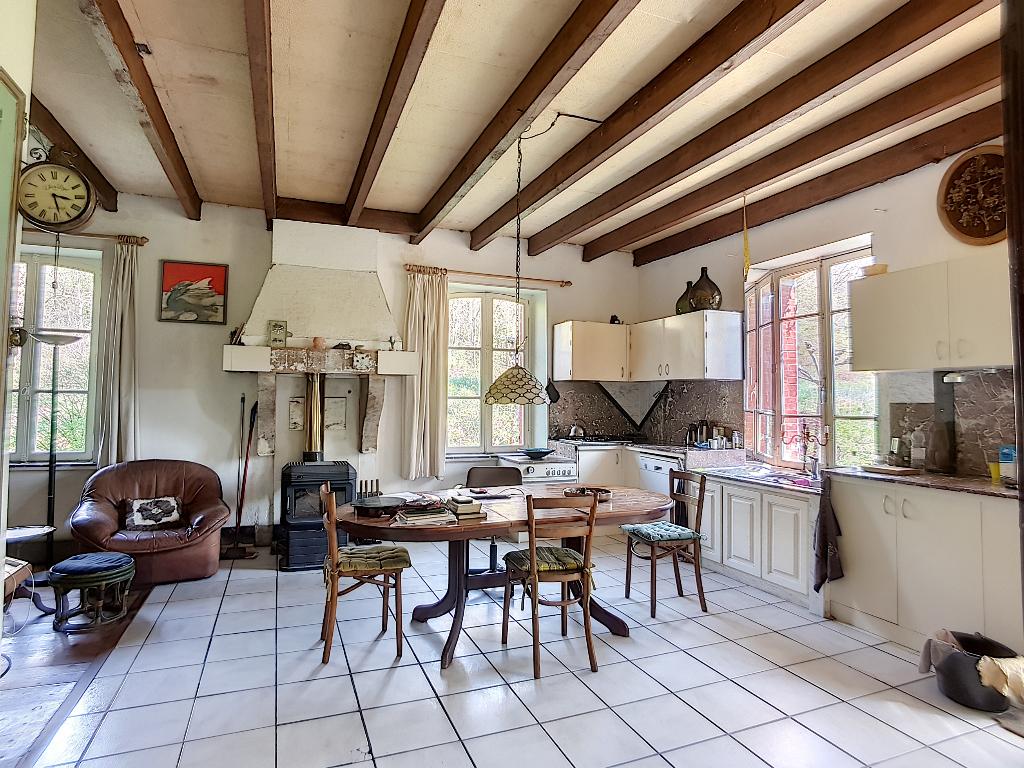 A vendre Maison SAINT JOIRE 210.63m² 6 piéces