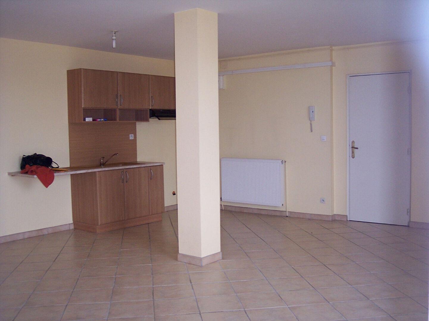 A louer Appartement LIGNY EN BARROIS 365 3 piéces