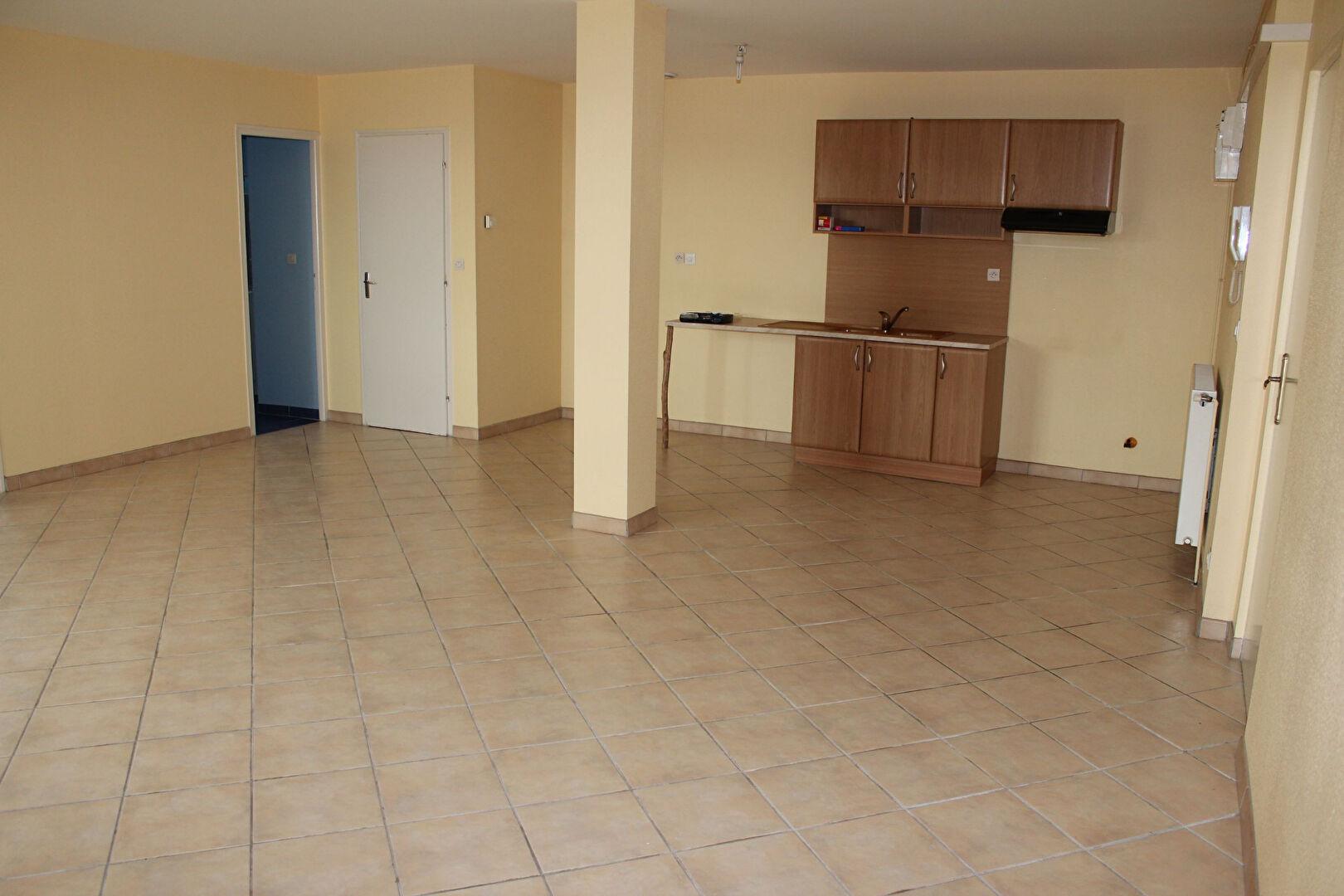 A louer Appartement LIGNY EN BARROIS 68m² 365 3 piéces