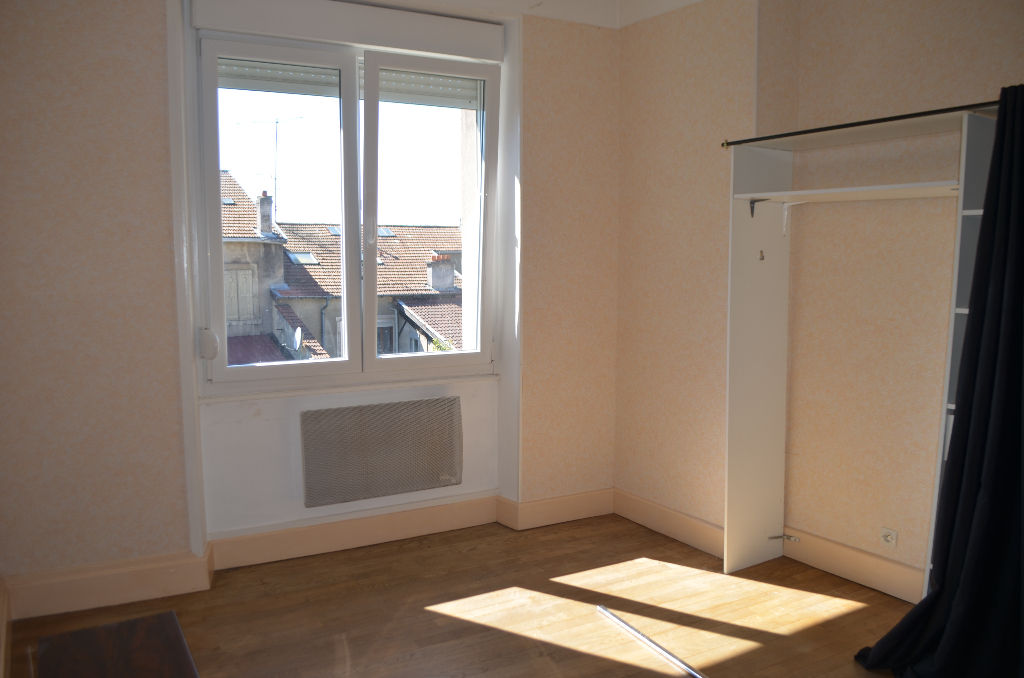 A louer Appartement COMMERCY 54m²