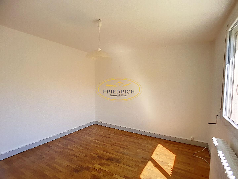 A louer Appartement GONDRECOURT LE CHATEAU 57m² 3 piéces
