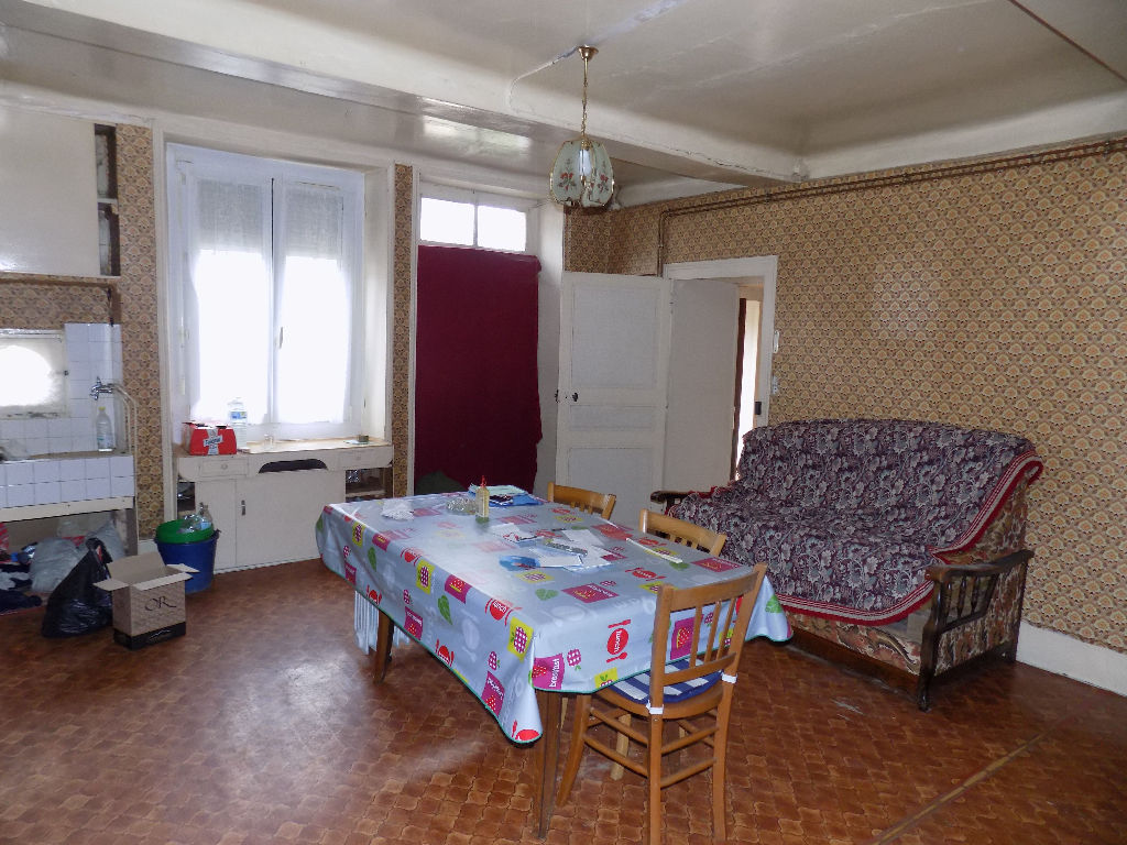 A vendre Maison LIGNY EN BARROIS 101m² 33.000