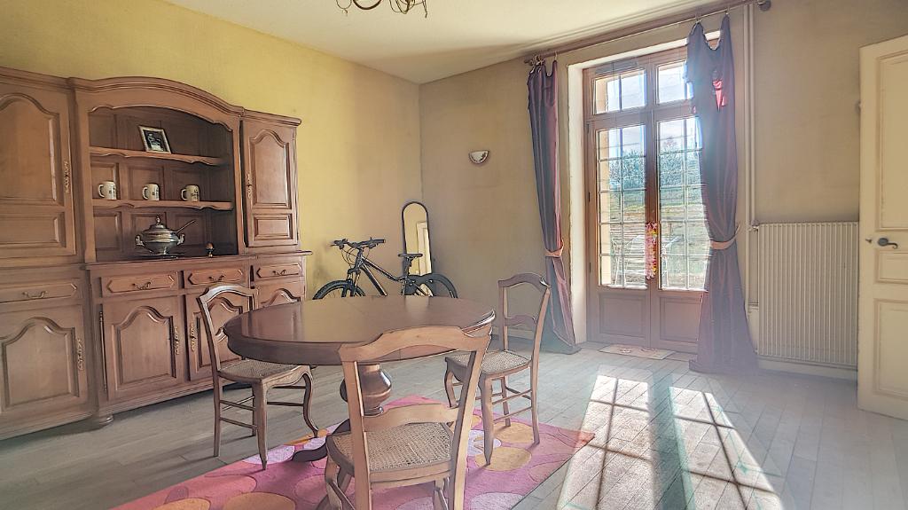 A vendre Maison STAINVILLE 12 piéces