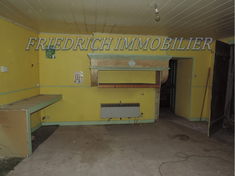 Maison de village à rénover - 6 km ST MIHIEL
