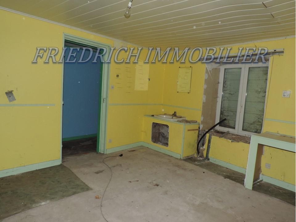 A vendre Maison DOMPCEVRIN 70m² 15.000 3 piéces