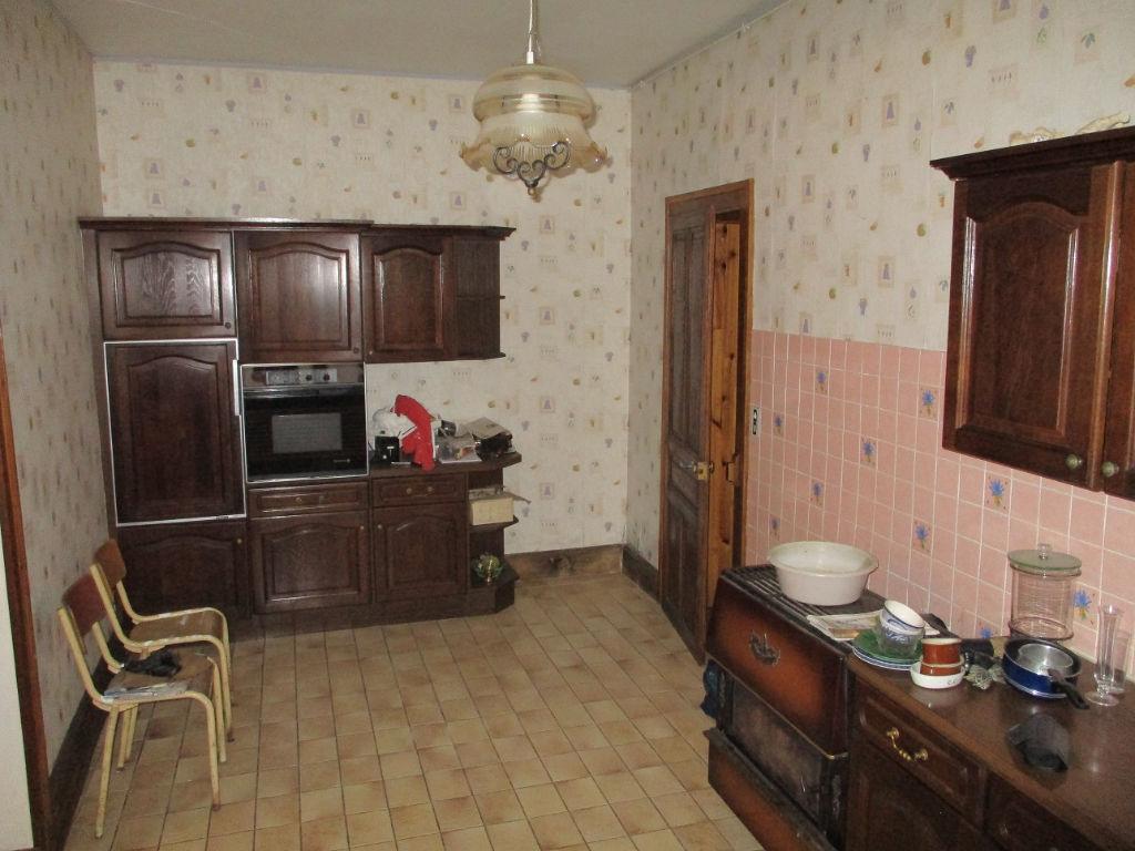 A vendre Maison GONDRECOURT LE CHATEAU 185m² 35.000 7 piéces