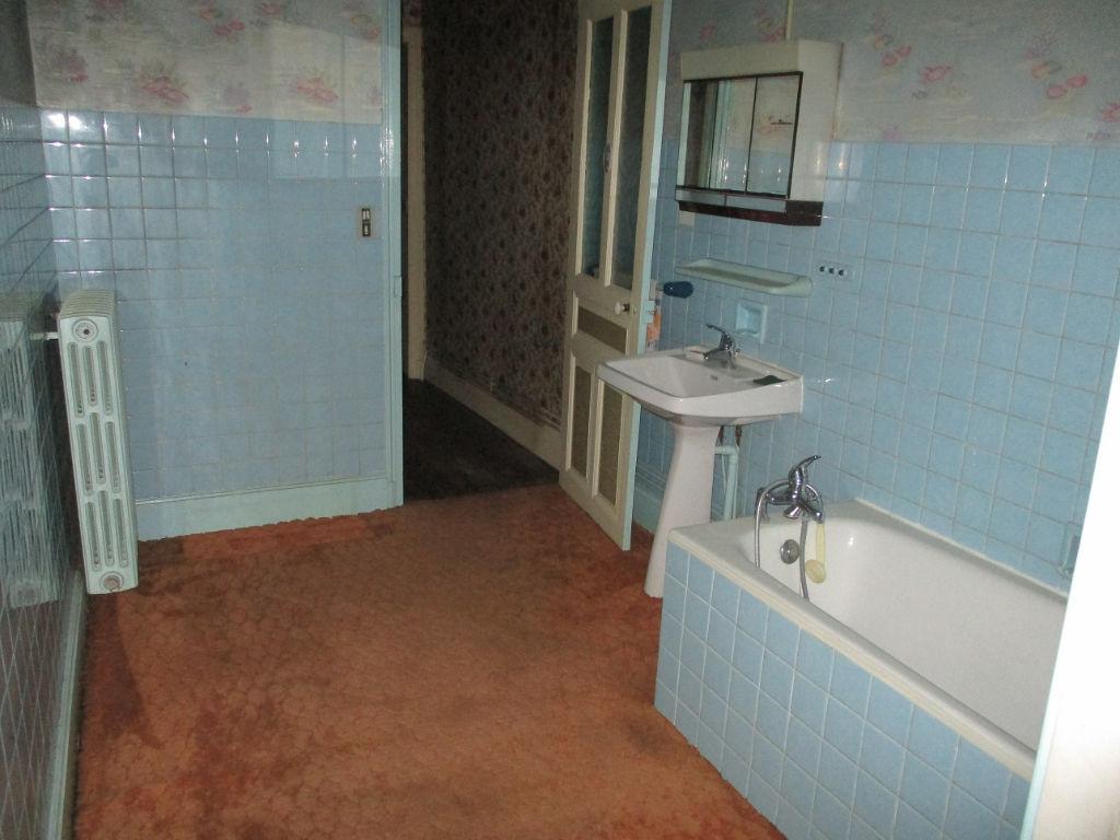 A vendre Maison GONDRECOURT LE CHATEAU 185m² 35.000