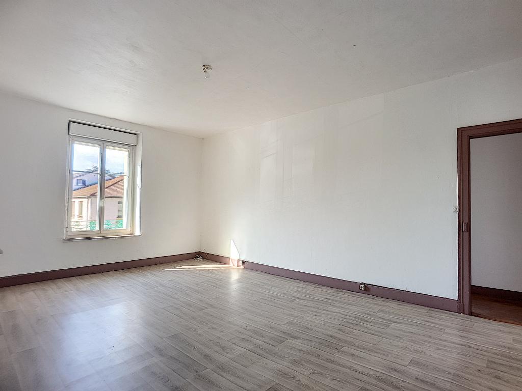 A louer Appartement COUSANCES LES FORGES 77m² 360 3 piéces