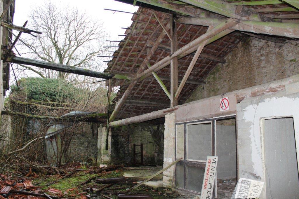 A vendre Grange BURE 140m² 8.000