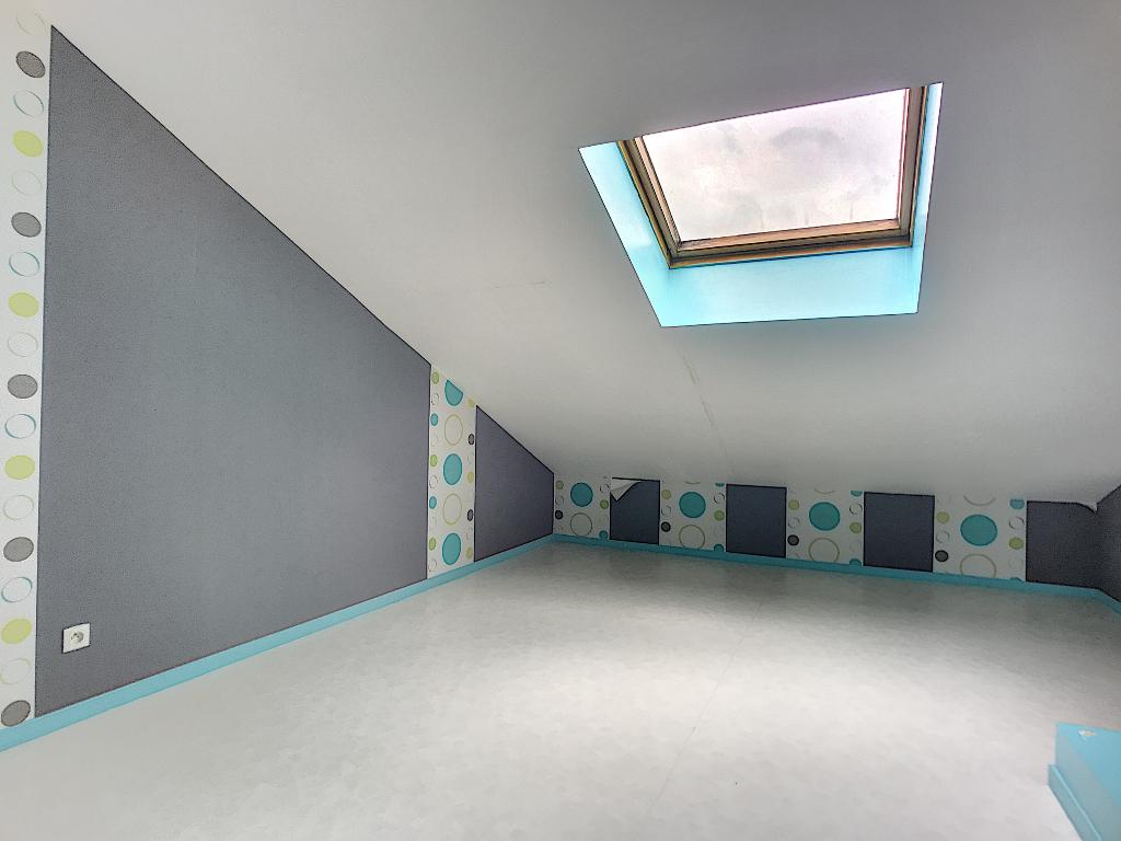 A louer Appartement VIGNEULLES LES HATTONCHATEL 90m² 4 piéces