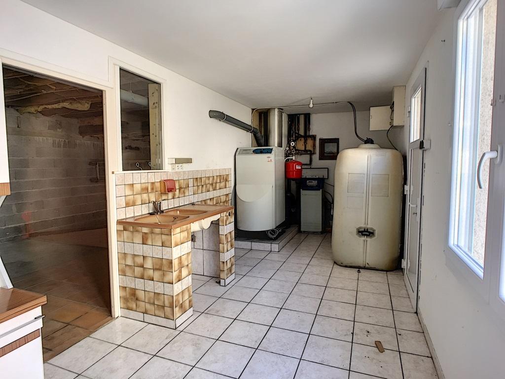 A vendre Maison GEVILLE 205m² 130.000 7 piéces