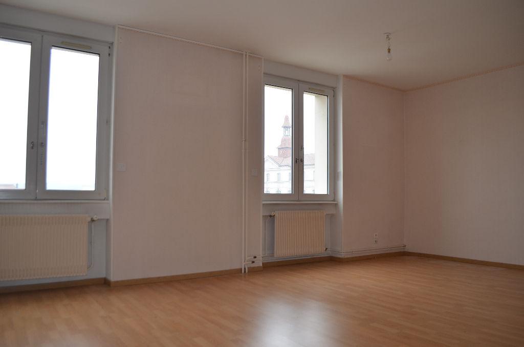 A louer Appartement COMMERCY 78m² 2 piéces