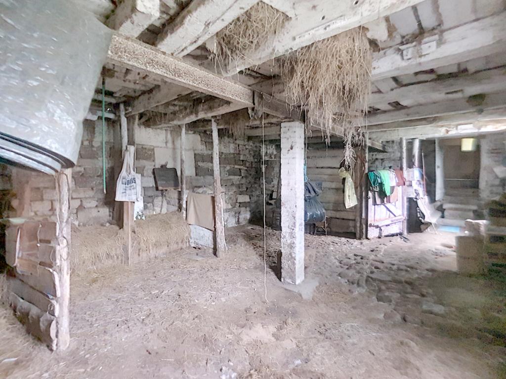 MAISON DE VILLAGE INDÉPENDANTE A RÉNOVER - Commune de SAINT-JOIRE