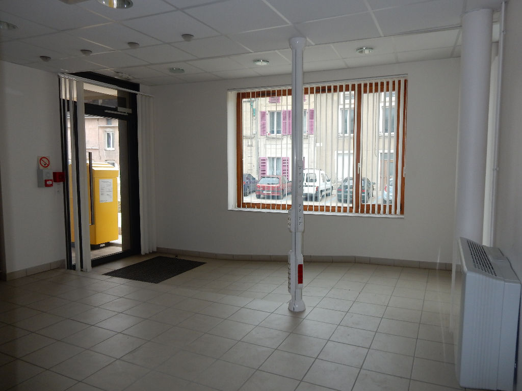 A louer Local commercial GONDRECOURT LE CHATEAU 51m²
