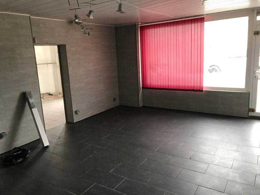 A vendre Maison LACROIX SUR MEUSE 175m² 60.000 7 piéces
