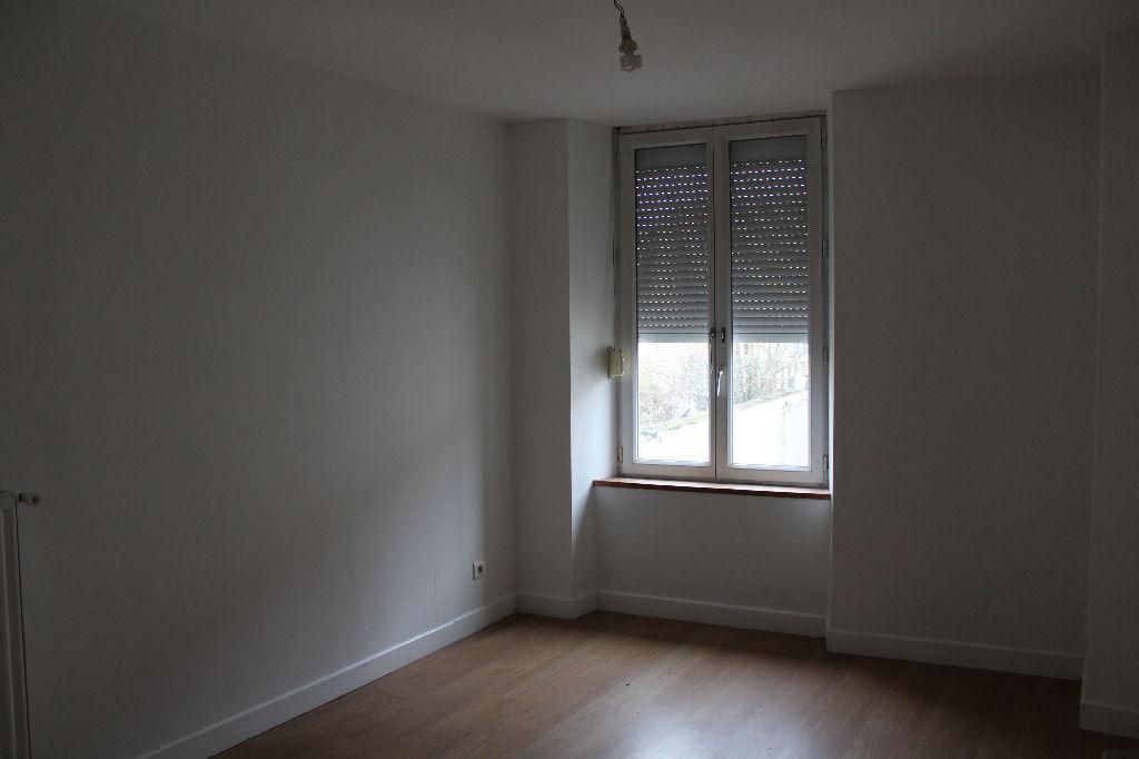 A vendre Immeuble COMMERCY 296.98m² 205.750  piéces