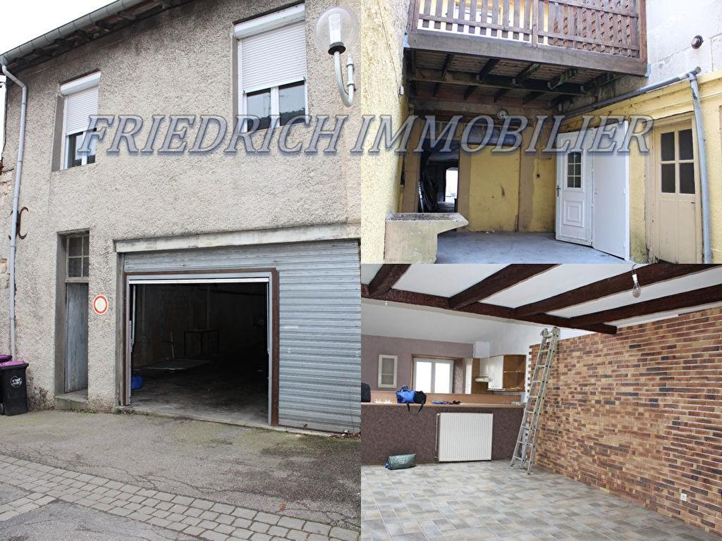 A vendre Immeuble COMMERCY 296.98m²  piéces
