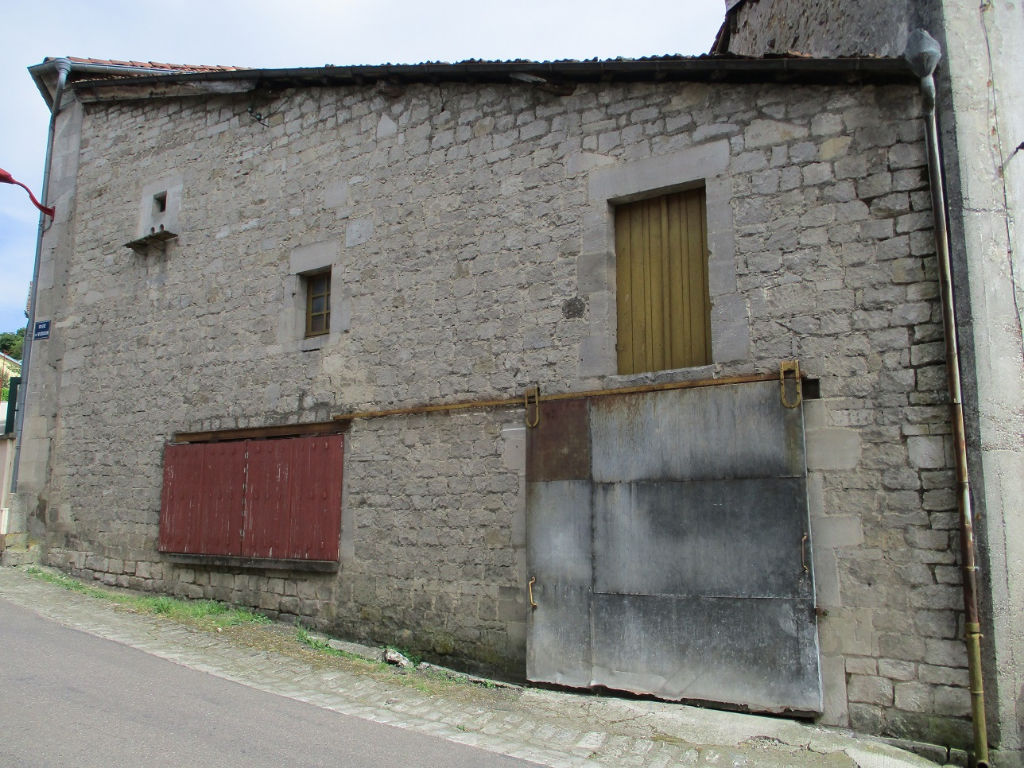 A vendre Maison MONTIERS SUR SAULX 15.000 5 piéces