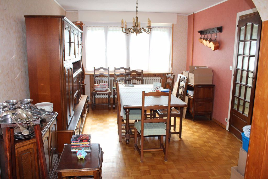A vendre Maison TREVERAY 77.000 5 piéces