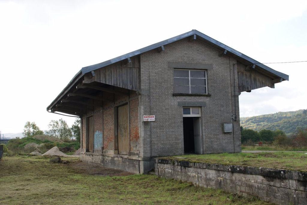 A vendre Entrepôt / Local industriel LONGEVILLE EN BARROIS 30.000
