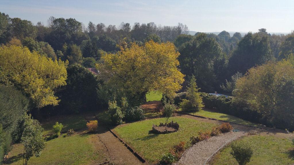 Propriété de caractère sur un parc de 51 ares - Axe Commercy-St Mihiel