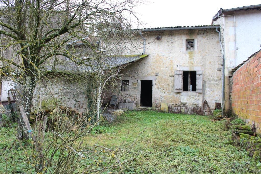 A vendre Grange NANCOIS SUR ORNAIN 55m² 15.000 2 piéces