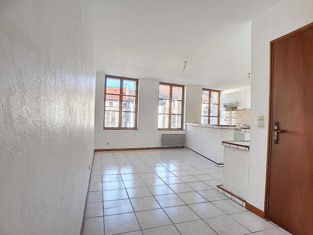 A louer Appartement LIGNY EN BARROIS 61m² 350 3 piéces
