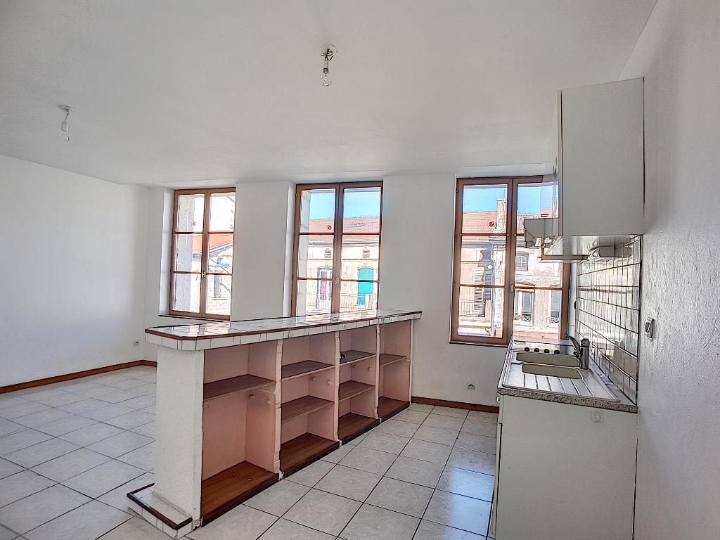 A louer Appartement LIGNY EN BARROIS 350