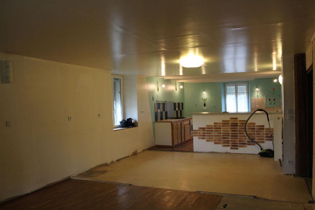 A vendre Maison PIERREFITTE SUR AIRE 140m² 54.800 5 piéces