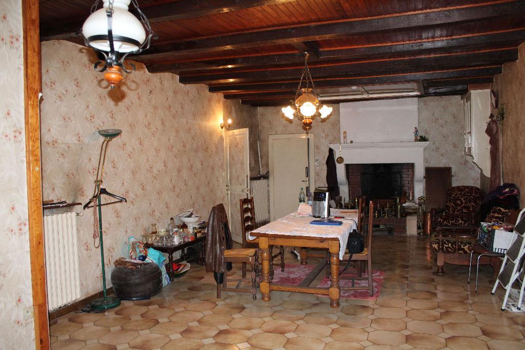 A vendre Maison RAMBLUZIN ET BENOITE VAUX 28.000