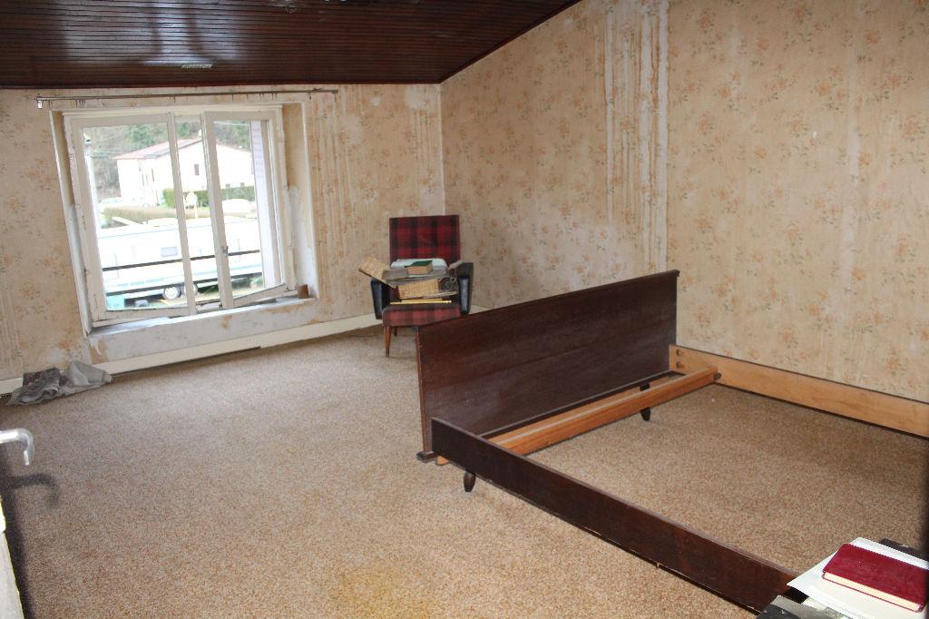 A vendre Maison RAMBLUZIN ET BENOITE VAUX 160m² 28.000