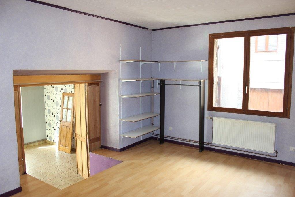 A vendre Maison VIGNEULLES LES HATTONCHATEL 175m² 47.500 7 piéces