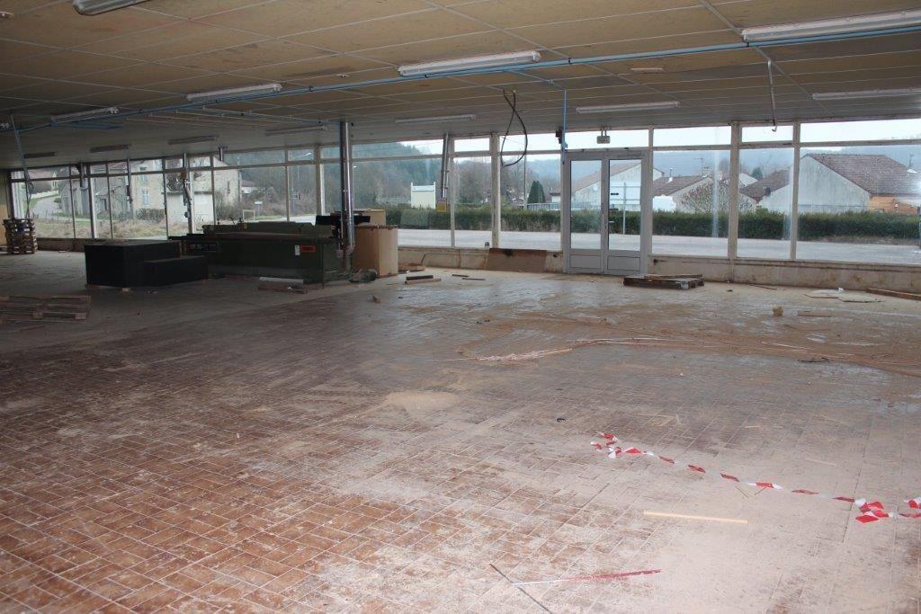 A vendre Entrepôt / Local industriel TREVERAY 600m² 50.000