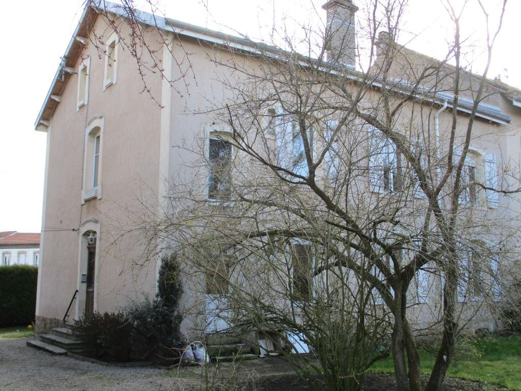 A vendre Maison TOUL 327m² 214.000 13 piéces