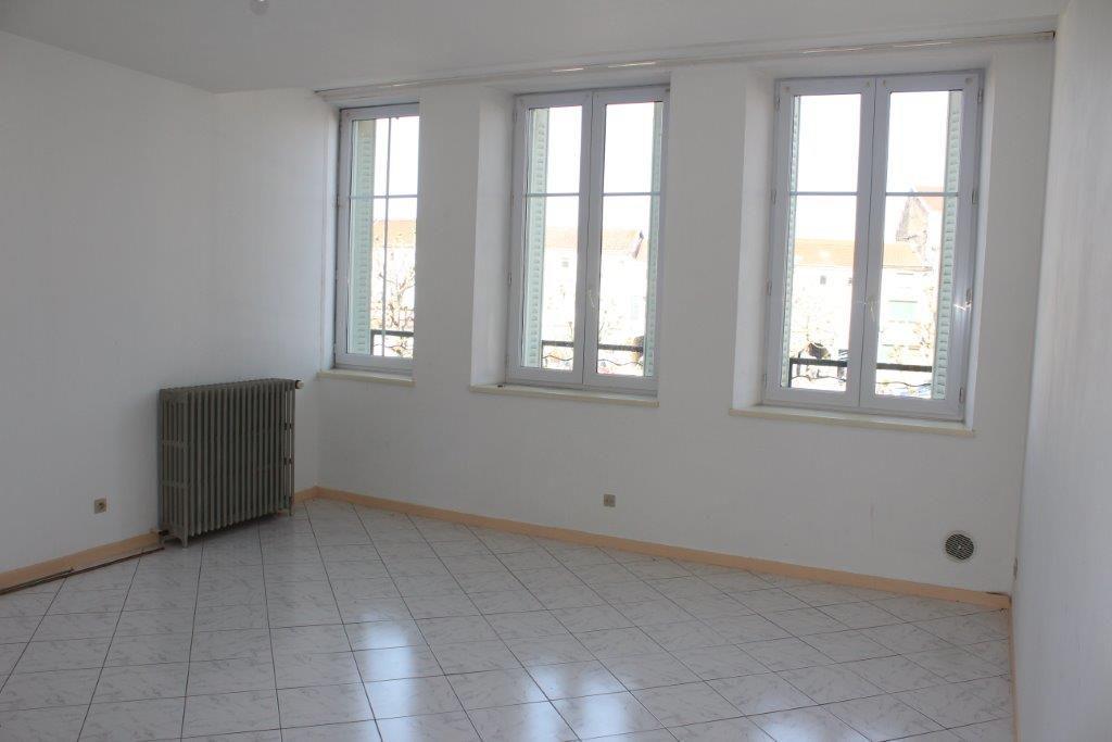 A vendre Immeuble LIGNY EN BARROIS 167m² 6 piéces