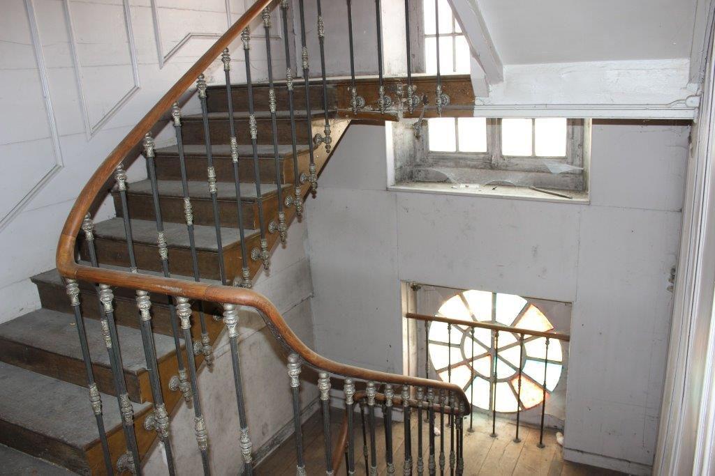 A vendre Maison GONDRECOURT LE CHATEAU 340m² 50.000 13 piéces