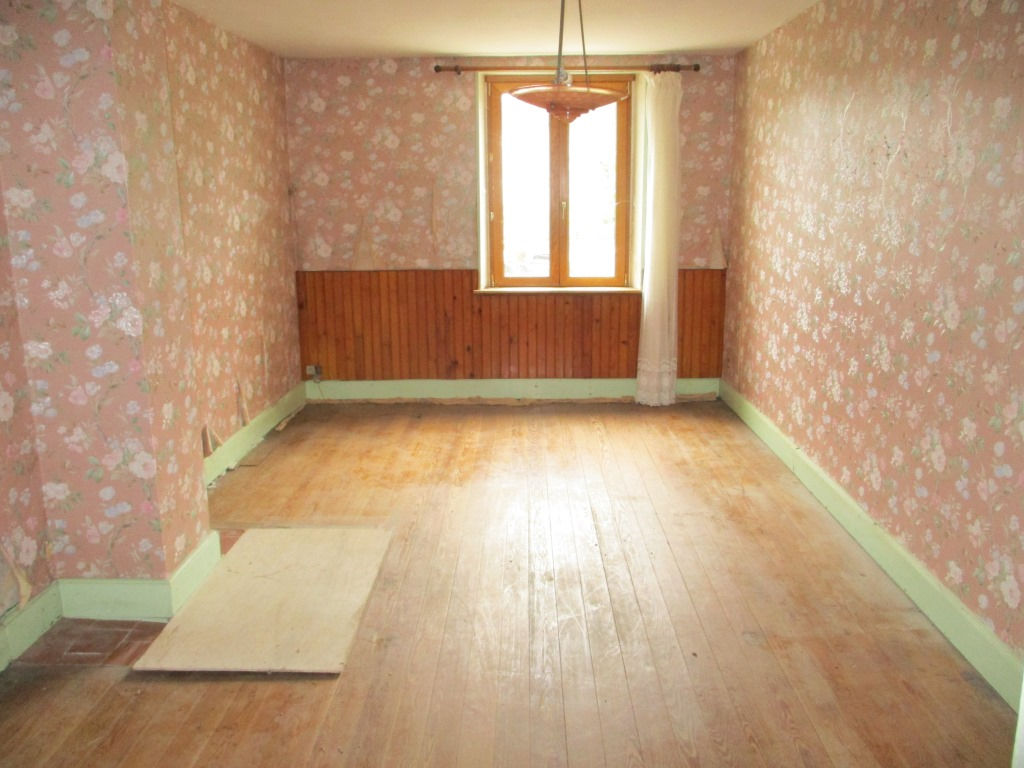 A vendre Maison TRONVILLE EN BARROIS 105m² 35.000 4 piéces