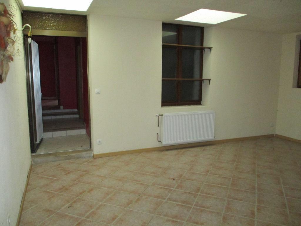 A vendre Maison VIGNOT 160m² 79.000 7 piéces