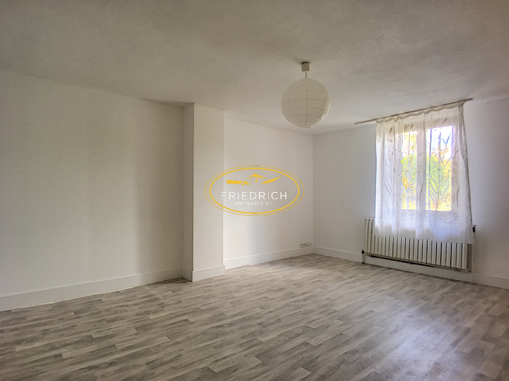 A louer Maison BUTGNEVILLE 123m² 560