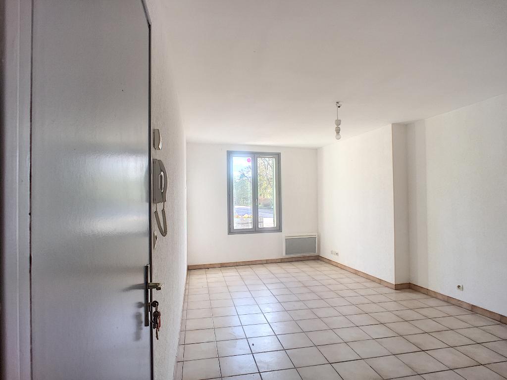 A louer Appartement SORCY SAINT MARTIN