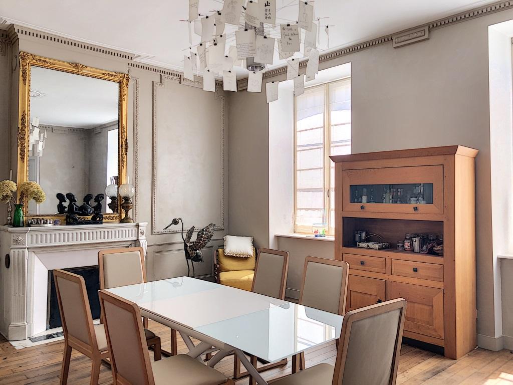 A vendre Maison COMMERCY 260m² 299.950 10 piéces