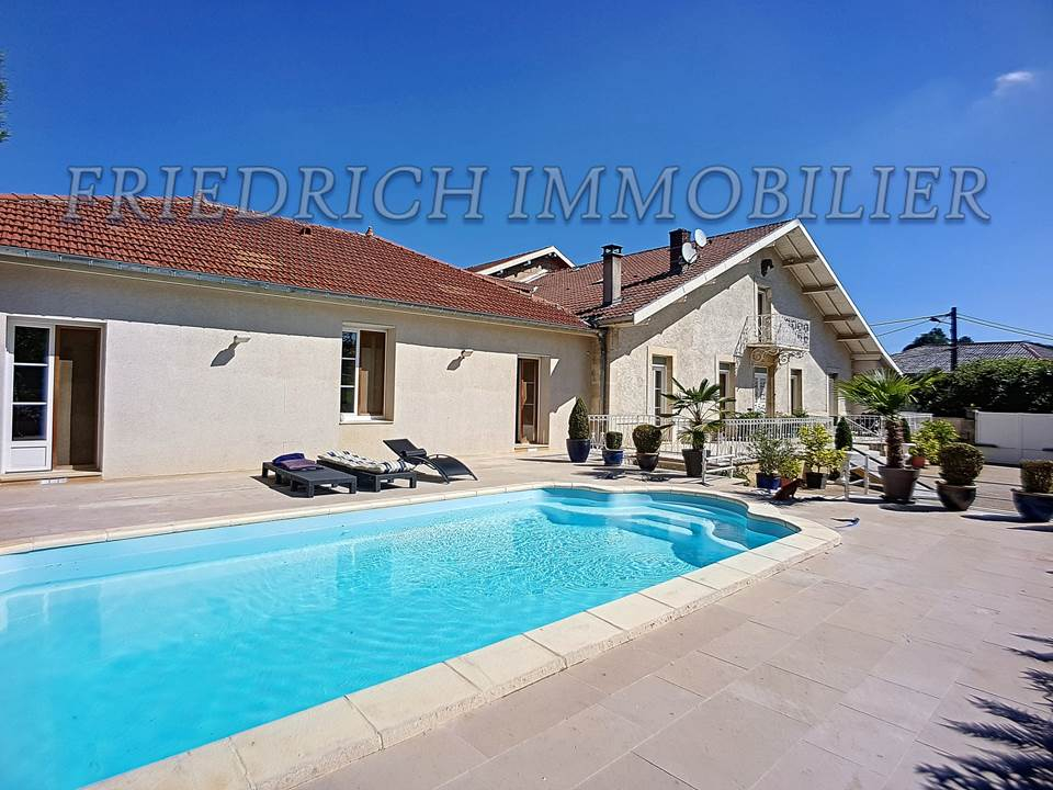 A vendre Maison FONTAINEBLEAU 490m² 11 piéces