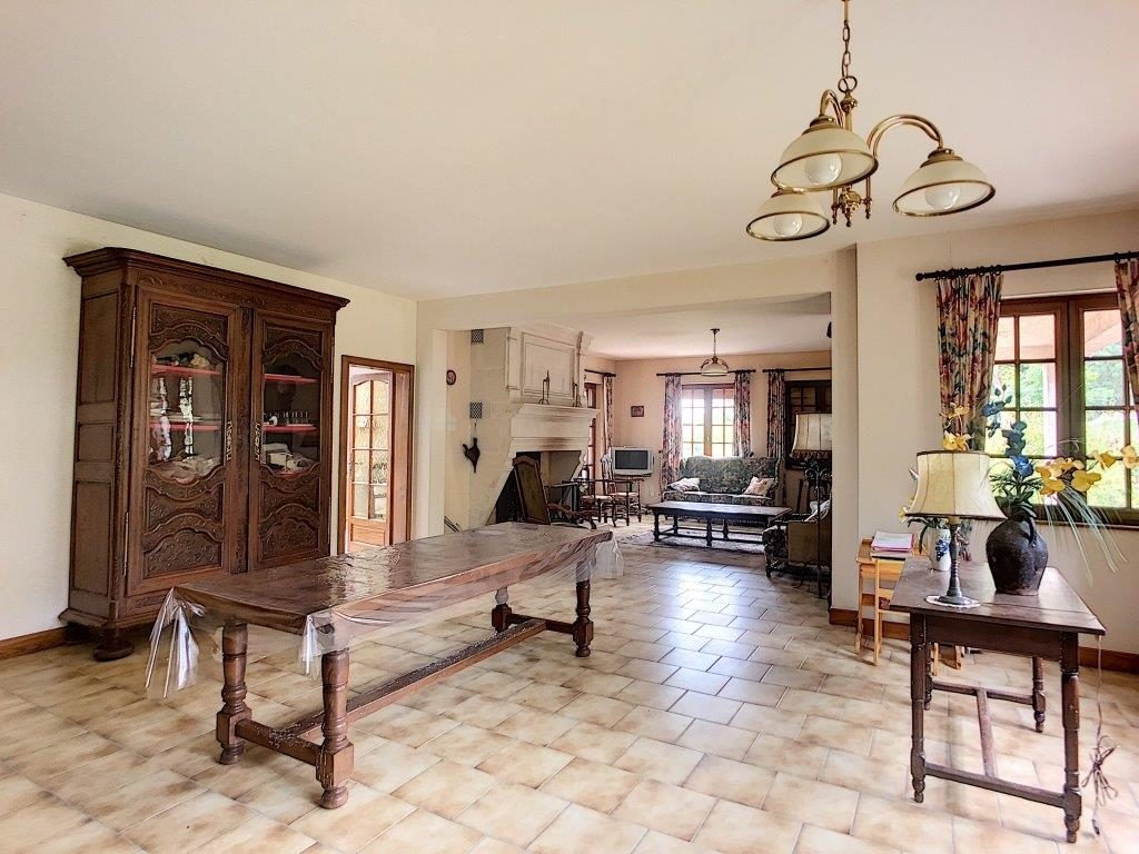 A vendre Maison DIEUE SUR MEUSE 315.000 11 piéces