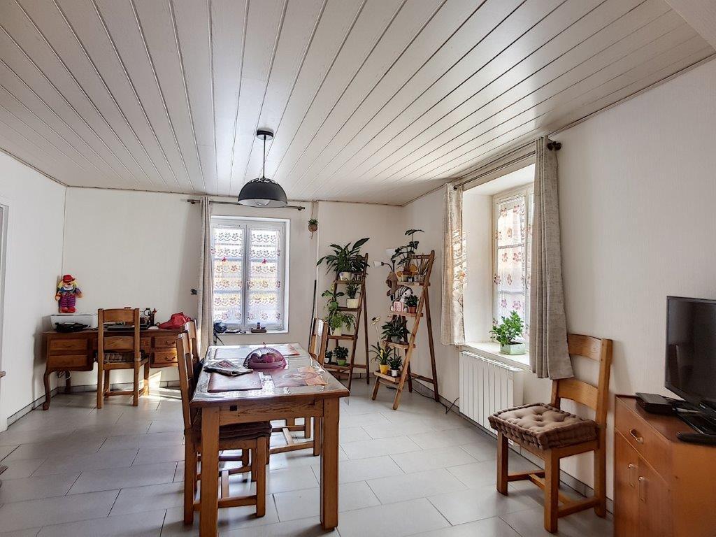 A vendre Maison TANNOIS 119m² 26.700 5 piéces