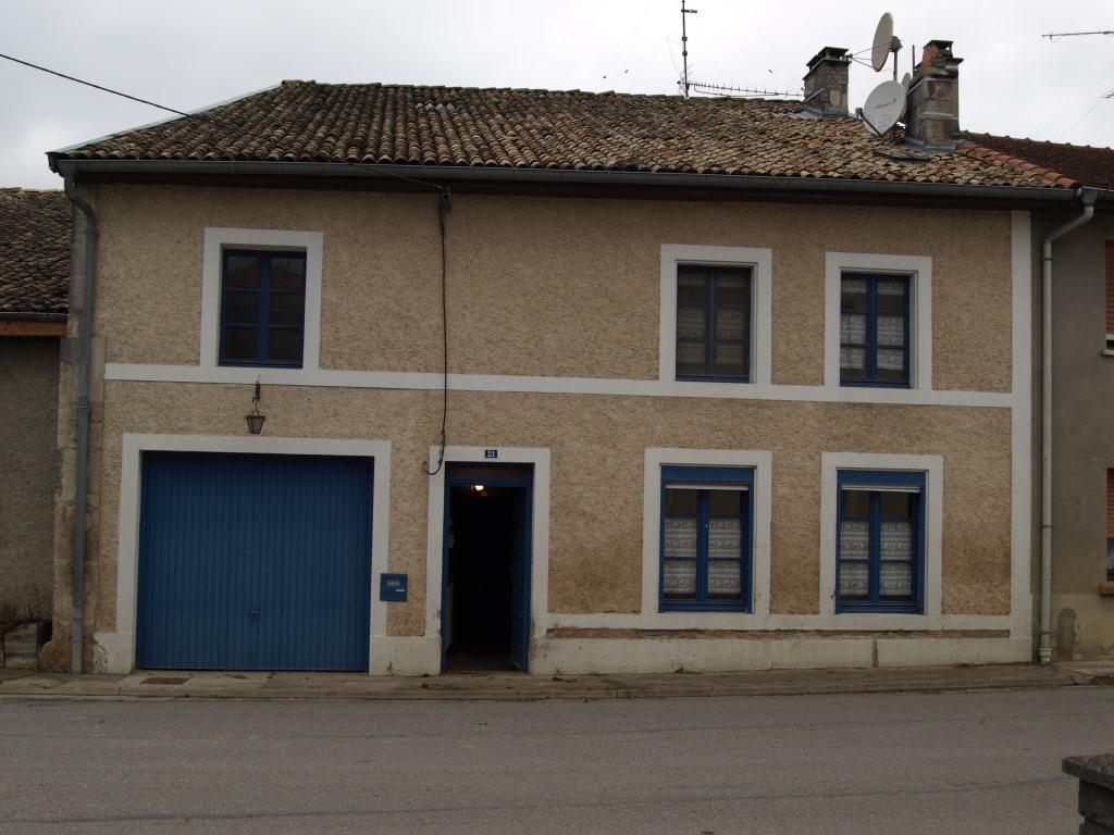 A vendre Maison VERTUZEY 235m² 66.000 8 piéces