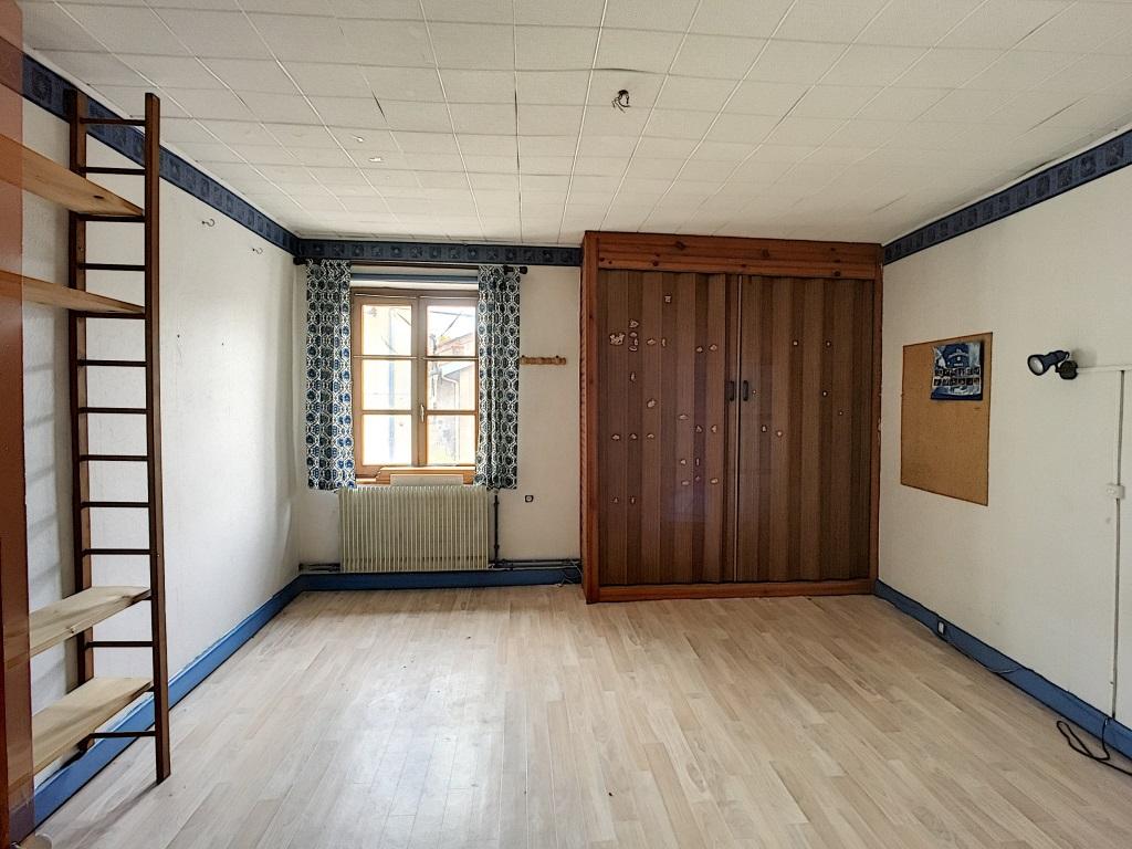 A vendre Maison VERTUZEY 235m² 8 piéces