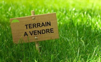 A vendre Terrain LACHAUSSEE 418m²  piéces
